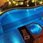 4 motivos para trocar a iluminação de piscina da sua área externa