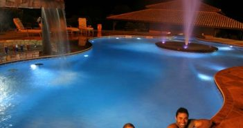 piscinas com led