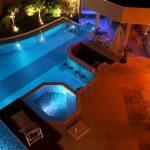 É possível incluir iluminação para piscina em um projeto pronto?
