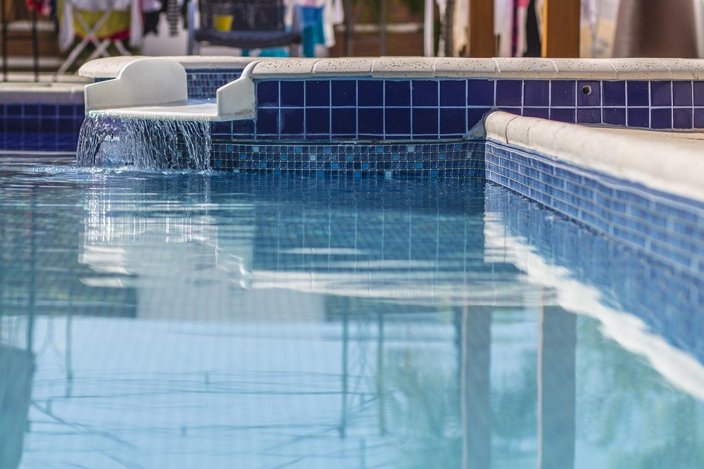 tratamento da água de piscina