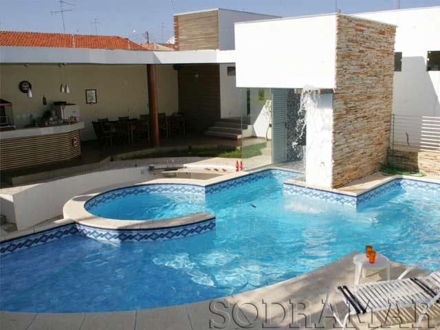 piscina mais relaxante