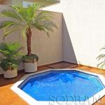 Como manter a temperatura da água da piscina agradável?