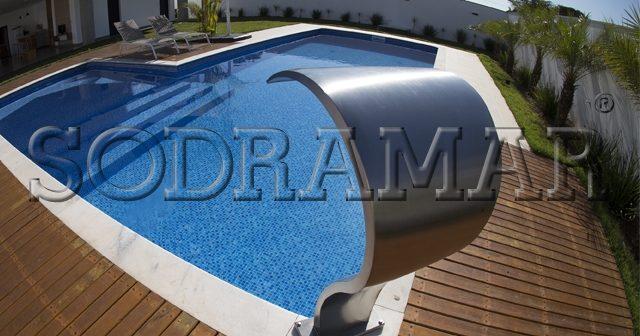 4 modelos de piscinas para agradar a família