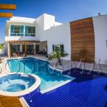 Como comprar os melhores acessórios para piscina online?