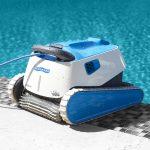 Como o robô de limpeza mantém sua piscina sempre limpa?