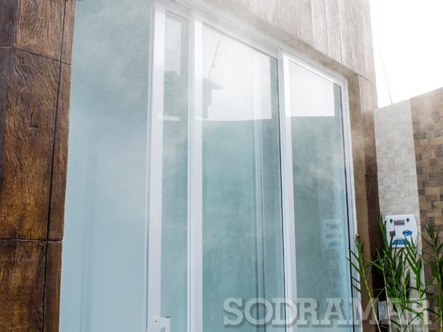 Porta de um ambiente com sauna