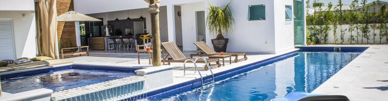Qual o melhor tipo de aspirador para limpeza da sua piscina?