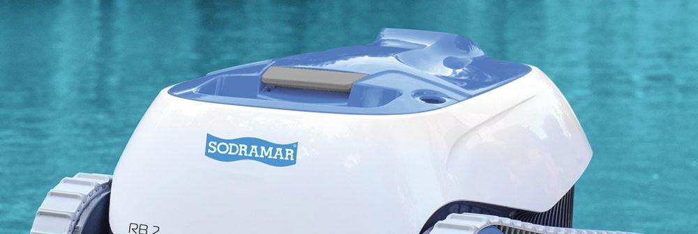 5 benefícios em comprar um robô aspirador para sua piscina