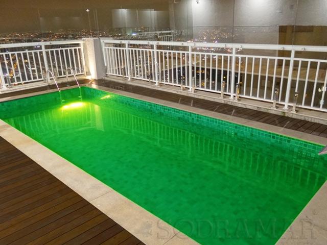 piscina mal tratada