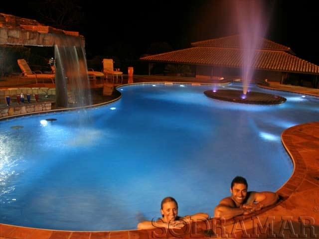 piscinas com led