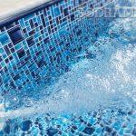 Como uma bomba para piscina transforma o espaço em hidromassagem?