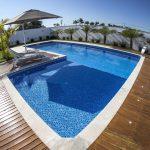 4 equipamentos necessários para o tratamento de água da piscina