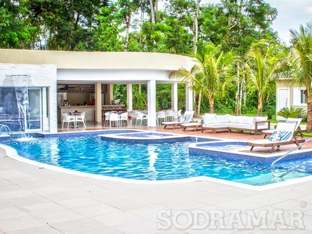 piscina completa