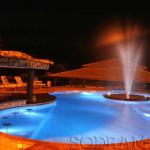 4 produtos que não podem faltar na obra de uma piscina comercial