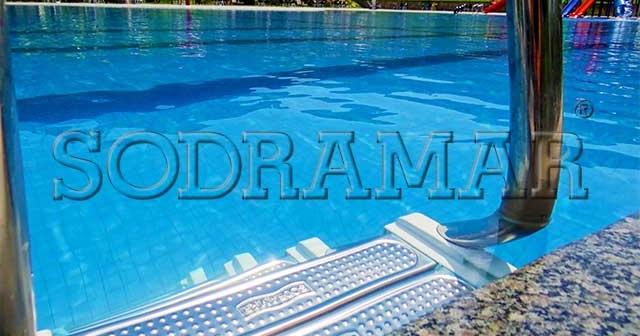 4 atividades na piscina para aproveitar a área o ano todo